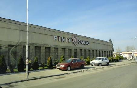 Finix-Casino-outside