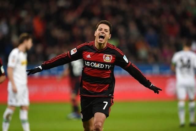Bayer-Leverkusen-Chicharito-Hernandez