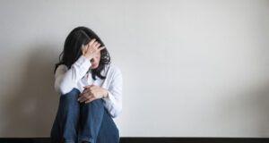 κατάθλιψη μελαγχολία λόγω καραντίνας